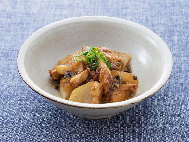 サバの味噌煮大根