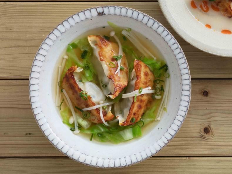 焼餃子の和風スープ