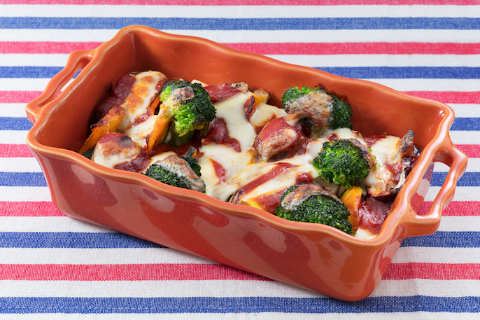 お豆腐と季節野菜のミートソースグラタン