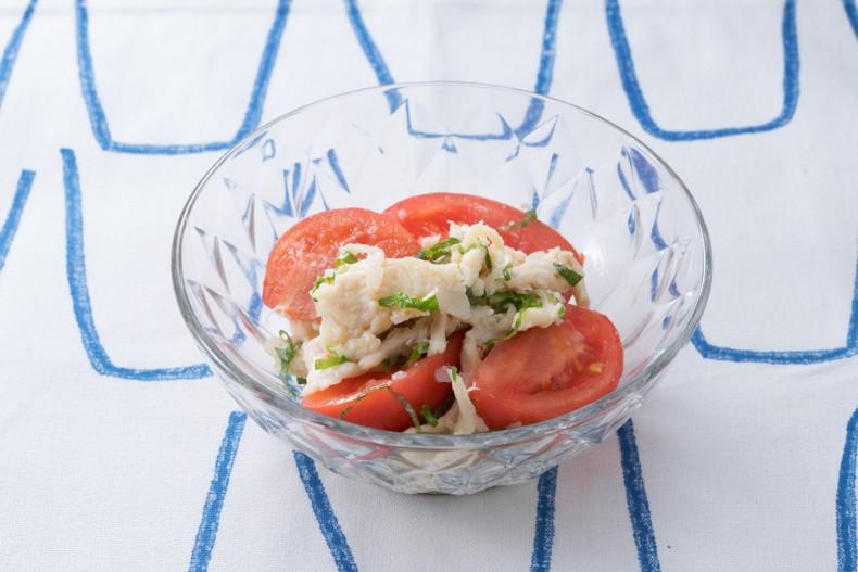 サラダチキンとトマトのナムル